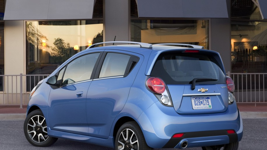 Chevy Spark Gas Mileage >> 2013 Chevrolet Spark gets EPA rating of 32/38 MPG - Autoblog