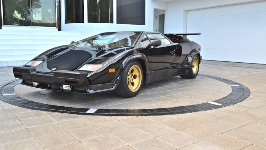 1 200 mile lamborghini countach photo gallery autoblog. Black Bedroom Furniture Sets. Home Design Ideas