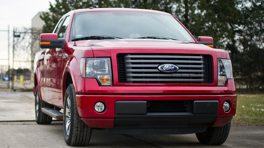 roush performance ford f 150 photo gallery autoblog. Black Bedroom Furniture Sets. Home Design Ideas