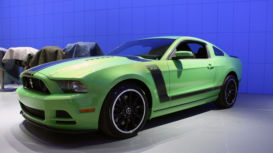 gotta have it green 2013 ford mustang boss 302 snapped. Black Bedroom Furniture Sets. Home Design Ideas