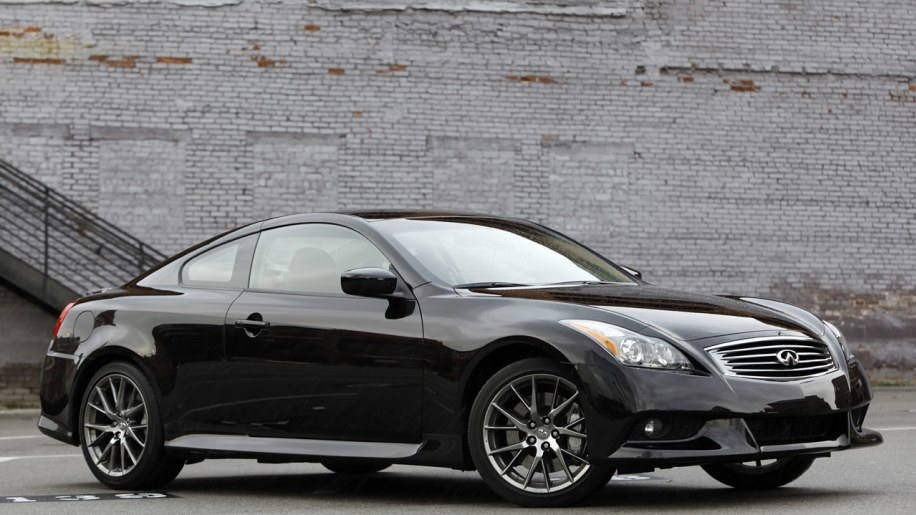 2012 infiniti g37 ipl review photo gallery autoblog. Black Bedroom Furniture Sets. Home Design Ideas