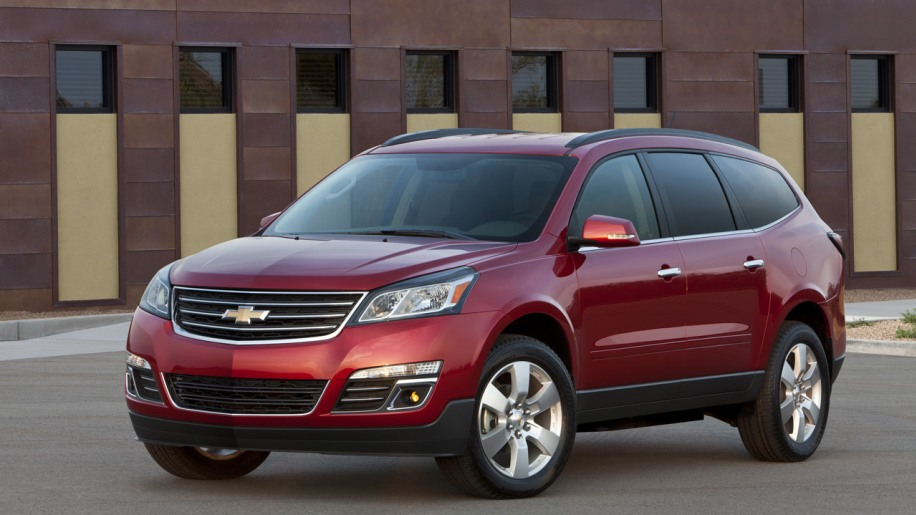 Investigation suggests GM slow to recall 1.2M CUVs over airbags