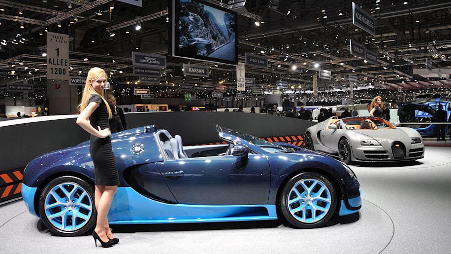 Bugatti Veyron Grand Sport Vitesse is where top speed goes topless ...