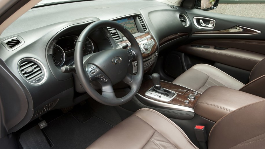 2013 infiniti jx w video autoblog. Black Bedroom Furniture Sets. Home Design Ideas