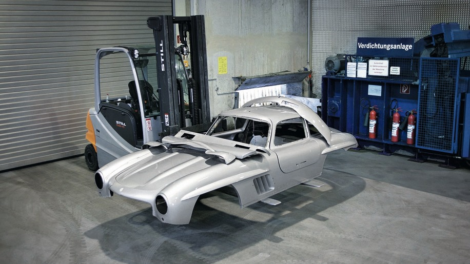 300 SL gullwing illegal reproduction
