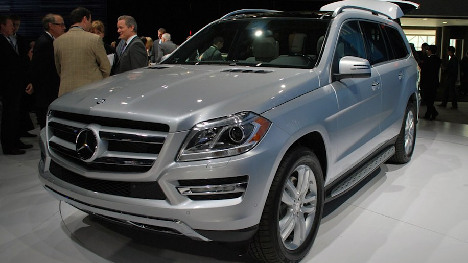 2013 mercedes benz gl class is the s class of suvs autoblog for Mercedes benz glk consumer reports