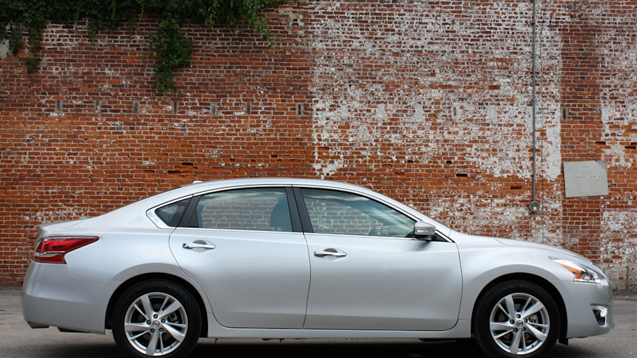 nissan recalls thousands of 2012 and 2013 altimas over. Black Bedroom Furniture Sets. Home Design Ideas