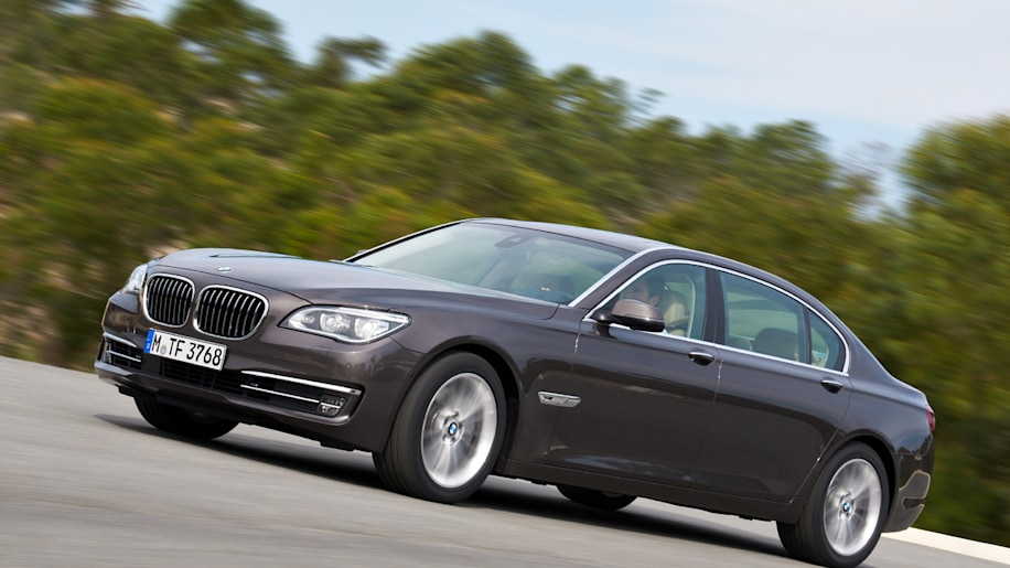 2013 BMW 7 Series arrives with more power gadgets and safety w
