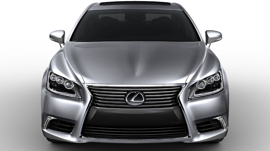 2013 Lexus LS 460 goes more intense more sporty and more