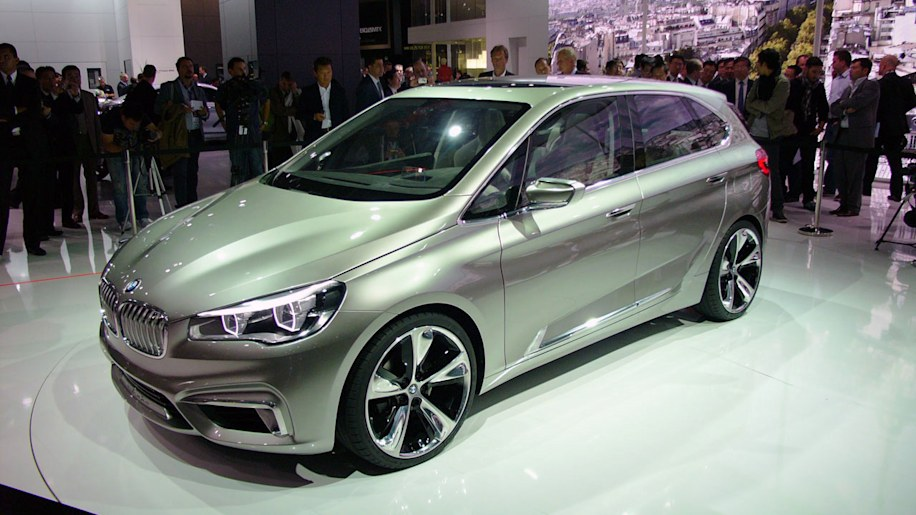 BMW Concept Active Tourer breaks with tradition, goes front-wheel ...