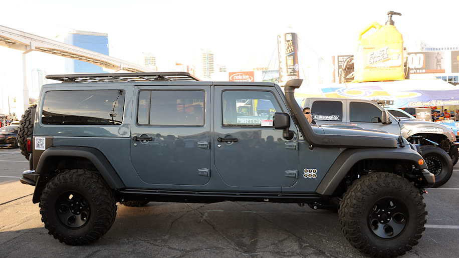 Jeep JK Six Pak Concept is the threerow family offroader youve