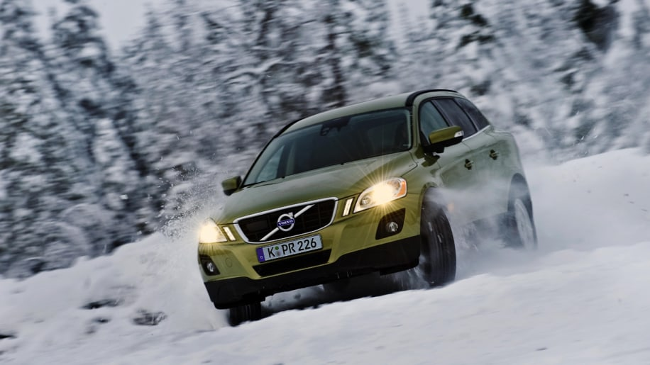 Cars In Snow Photo Gallery Autoblog