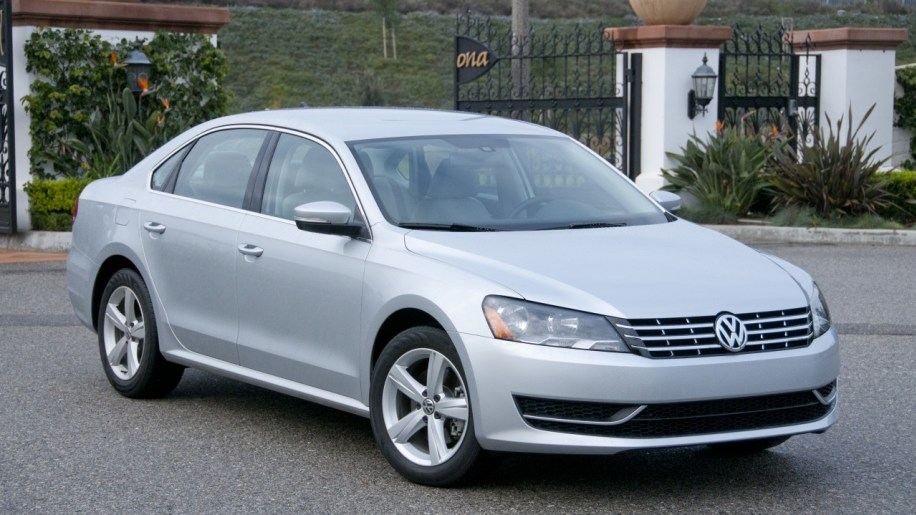 passattdi23 volkswagen recalls passat tdi for wire sealing problem autoblog  at arjmand.co