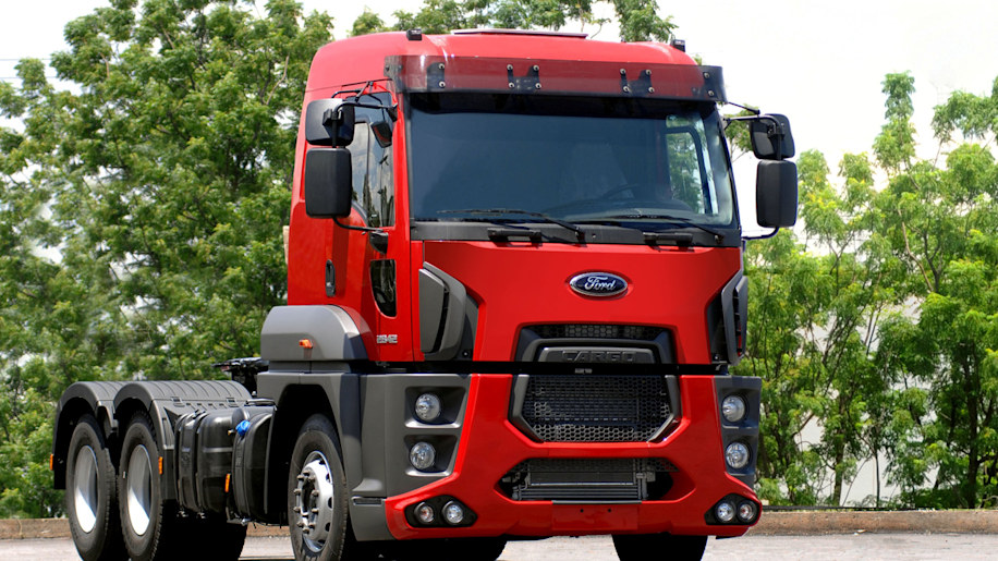 Blue Oval S New Cargo Cab Over Rig Is Largest Quot One Ford