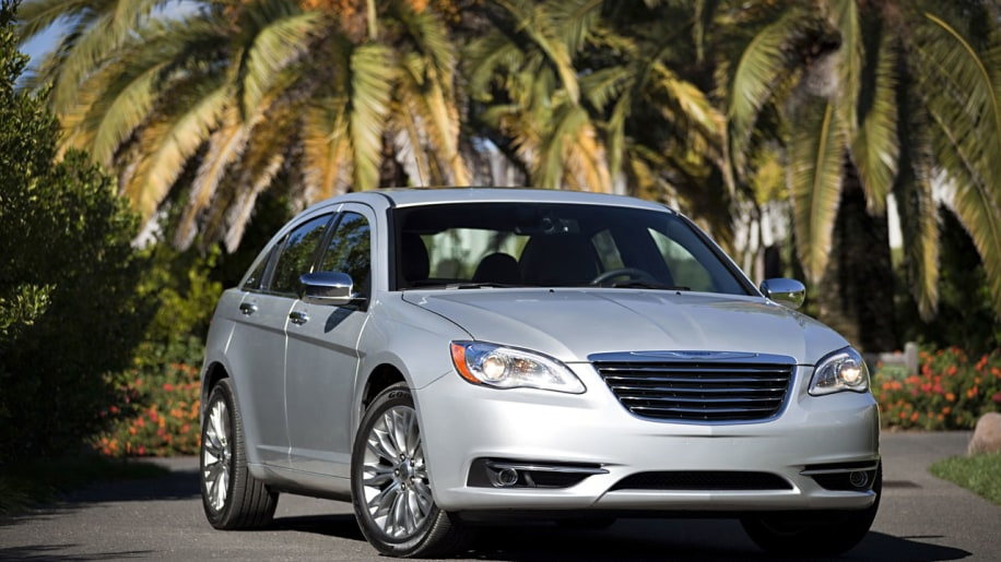 Chrysler recalls small number of 2013-2014 cars and trucks over engine debris