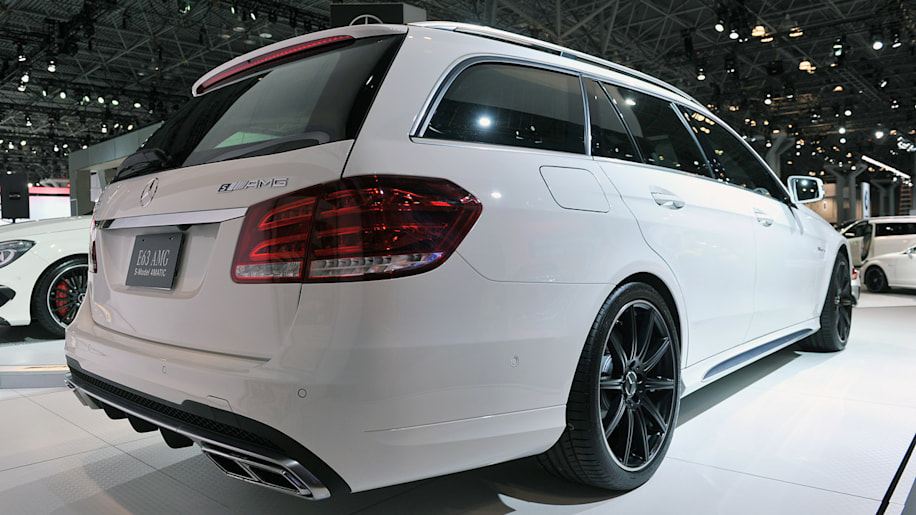 2014 mercedes benz e63 amg s wagon is one hot hauler w. Black Bedroom Furniture Sets. Home Design Ideas