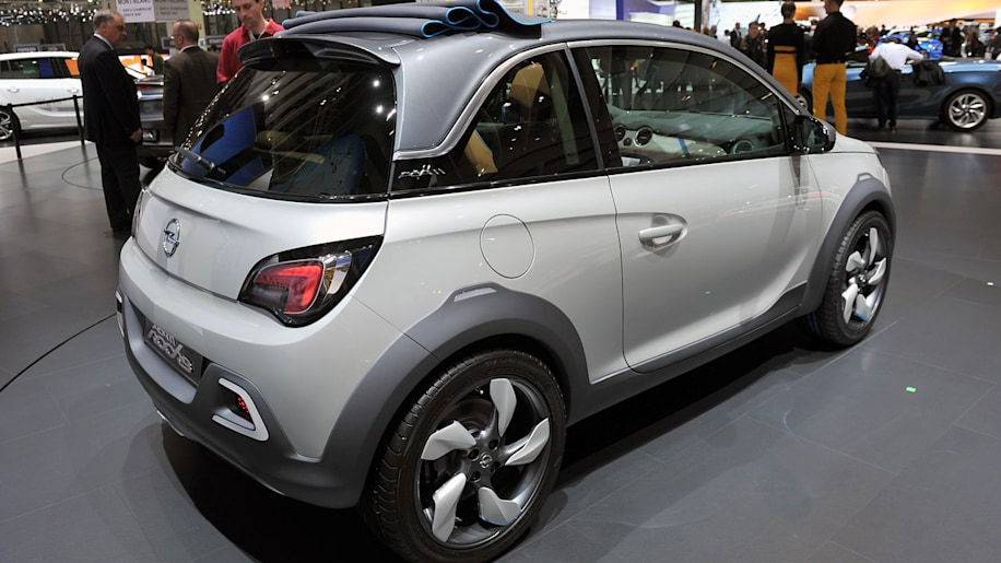 opel adam convertible headed for production autoblog. Black Bedroom Furniture Sets. Home Design Ideas