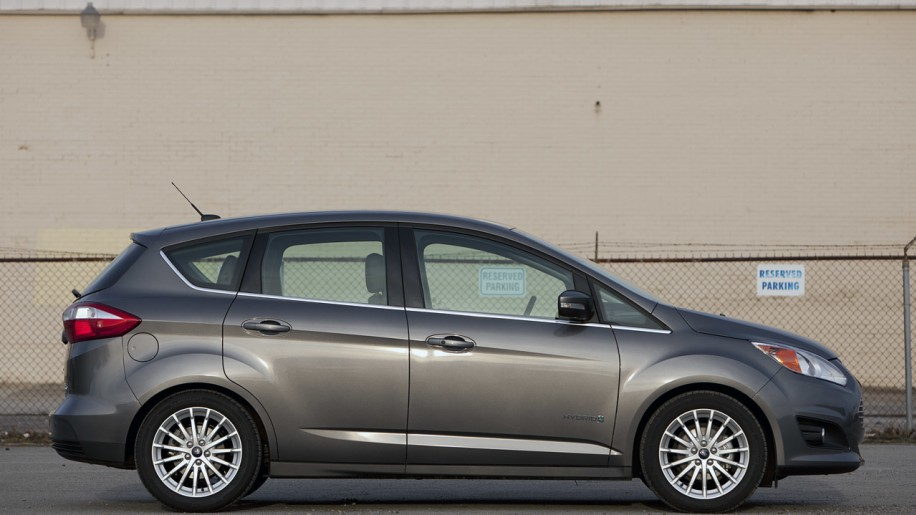 2013 ford c max hybrid autoblog. Cars Review. Best American Auto & Cars Review