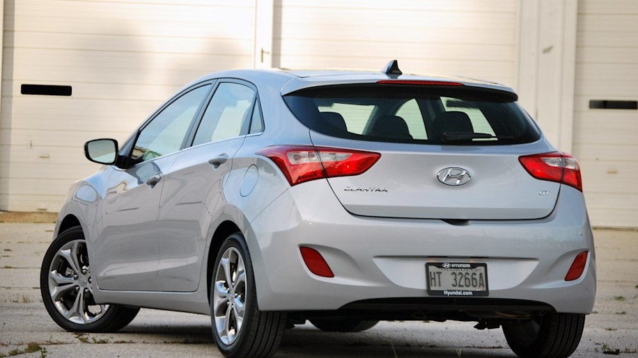 hyundai hatchback ceramic fwd ny island white on door long automatic sale gdi for elantra gt d
