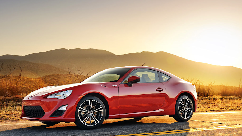 2014 scion fr s gets price increase knee cushions w video autoblog. Black Bedroom Furniture Sets. Home Design Ideas