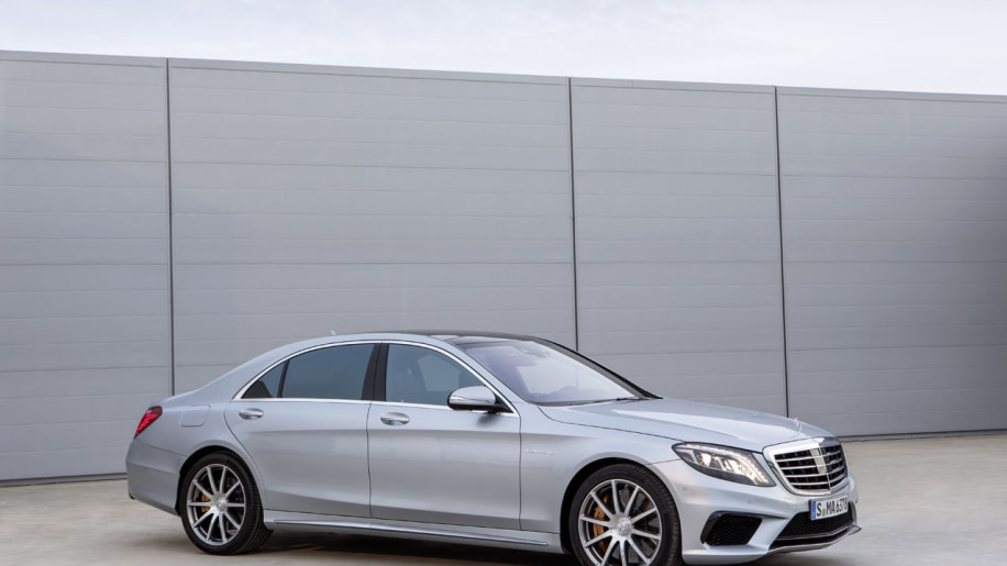 2014 mercedes benz s63 amg 4matic stuns with 577 hp 3 9 for Mercedes benz s63 amg 2013