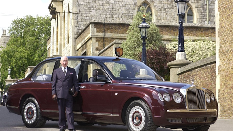 Bentley one-off limo to feature at Buckingham Palace Coronation ...