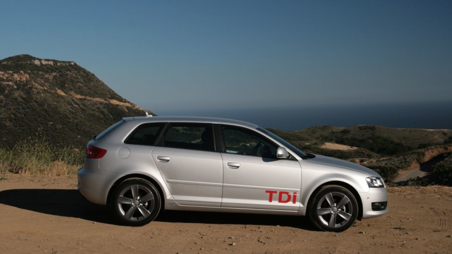 review audi a3 tdi photo gallery autoblog. Black Bedroom Furniture Sets. Home Design Ideas