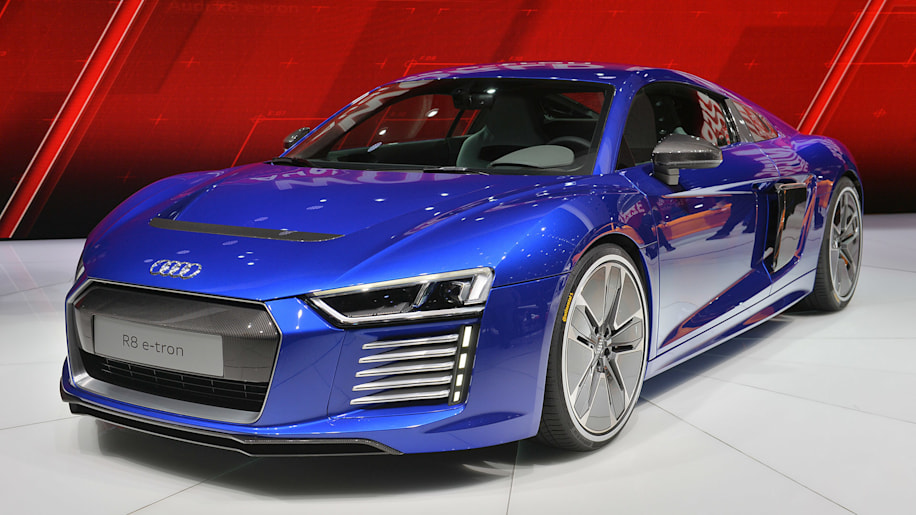 the audi r8 e tron is dead with less than 100 built autoblog. Black Bedroom Furniture Sets. Home Design Ideas