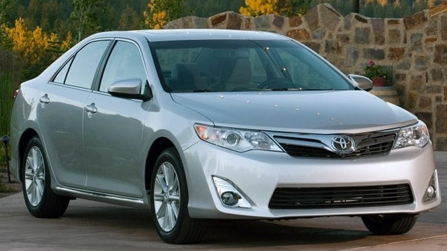 2014 Toyota Camry Front Exterior