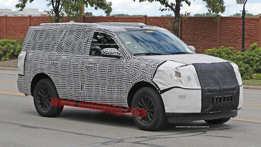 2018 ford expedition spy shots three quarter front exterior