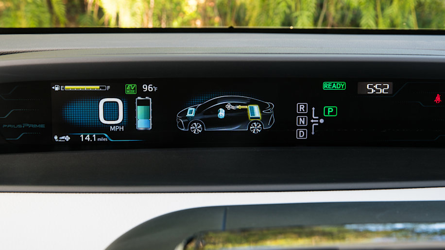 Toyota Every Future Prius Might Be A Plug In Hybrid Autoblog