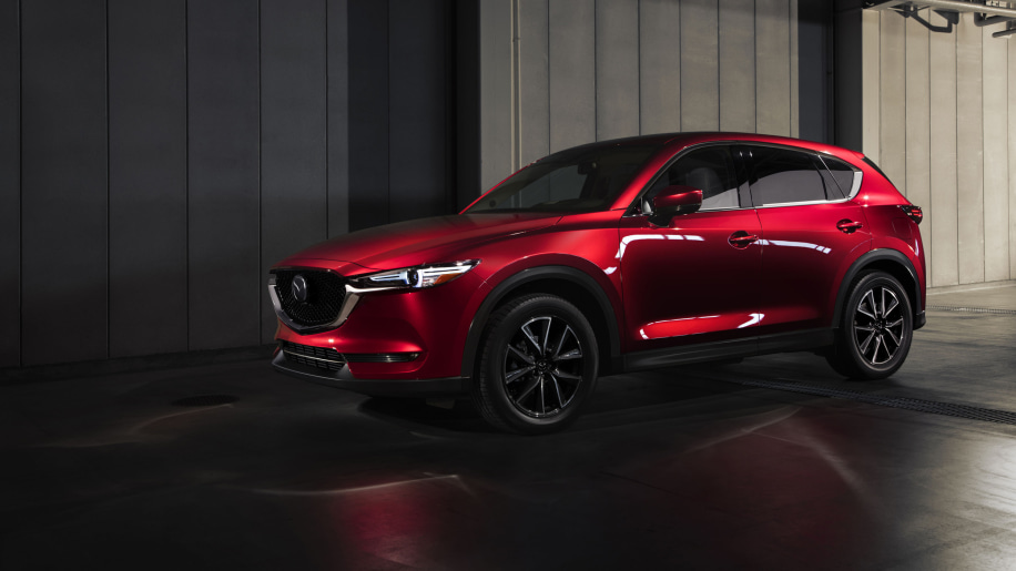 2017 Mazda CX-5 Front Three Quarter Exterior