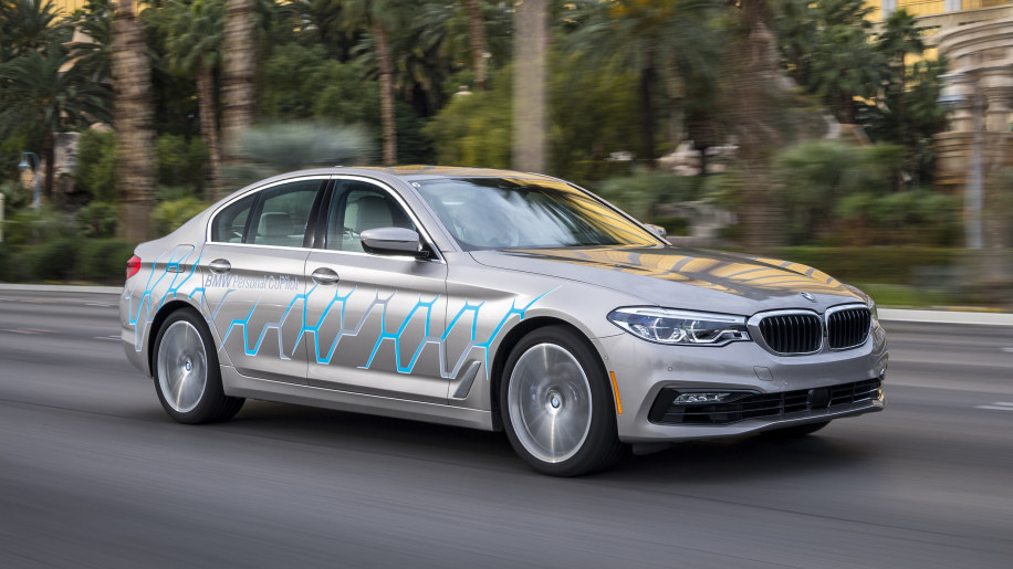 2018 BMW models will use their cameras to make maps better