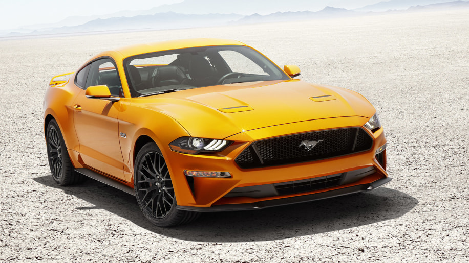 2018 Ford Mustang lead