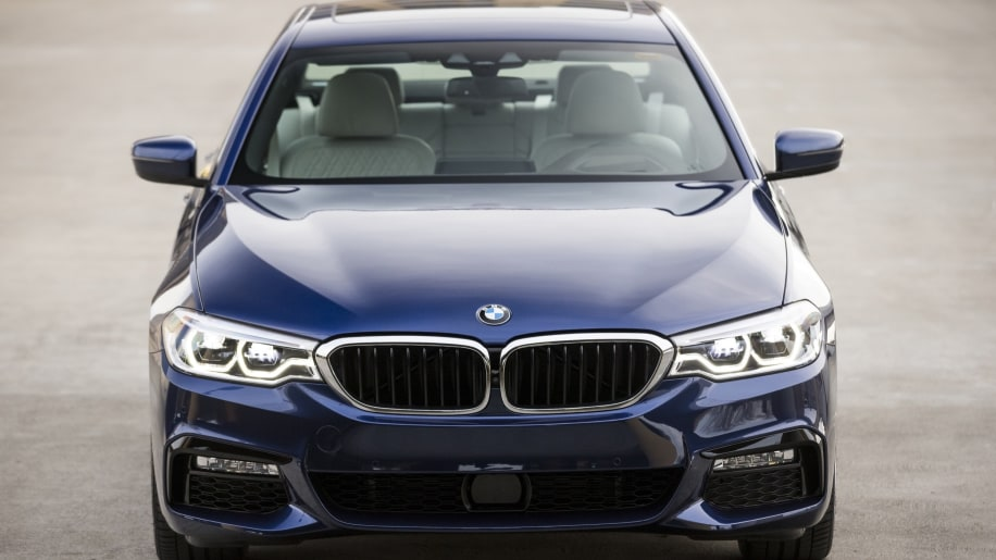 bmw design the ultimate self driving machine 2017 bmw 5 series first drive