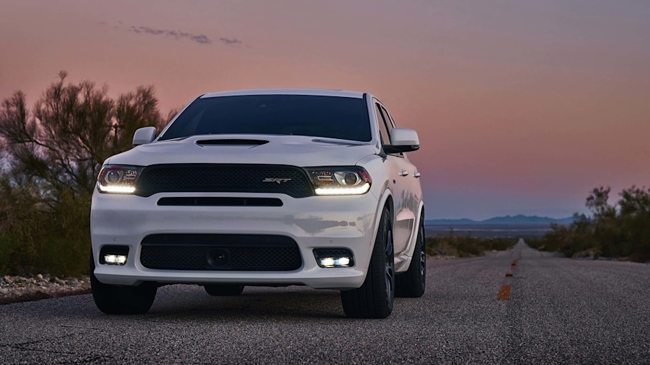 dodge durango srt is much cheaper than jeep grand cherokee srt autoblog. Black Bedroom Furniture Sets. Home Design Ideas