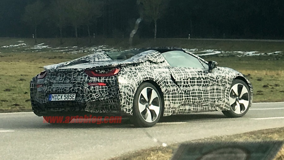 Here S The Bmw I8 Spyder Without Its Roof Autoblog