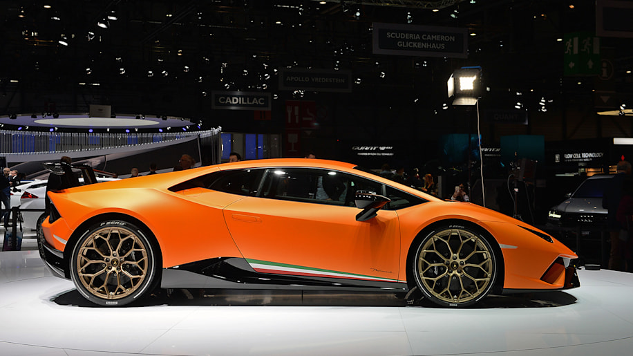 the huracan performante is still a supercar steal. Black Bedroom Furniture Sets. Home Design Ideas