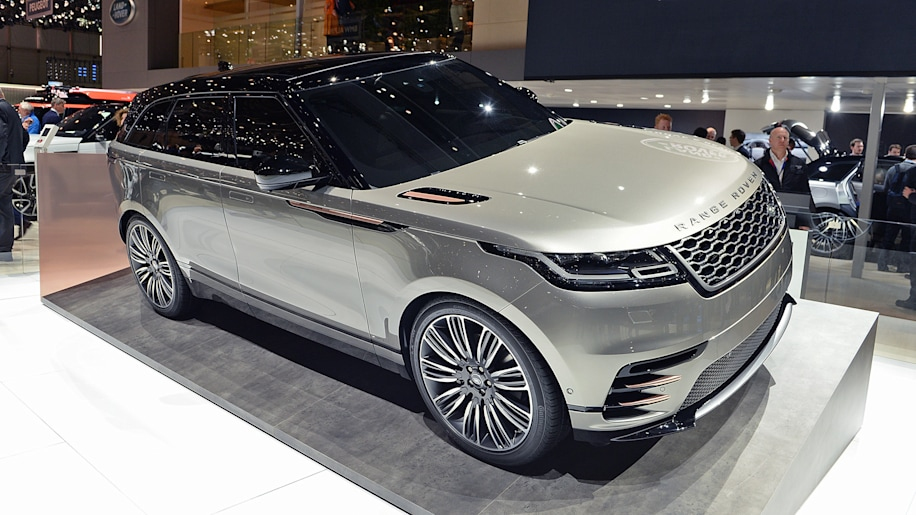 2018 land rover range rover velar geneva 2017 photo gallery autoblog. Black Bedroom Furniture Sets. Home Design Ideas
