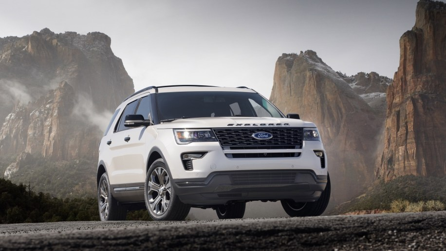 2020 ford explorer to be rear wheel drive according to reports slide 4981303 publicscrutiny Images