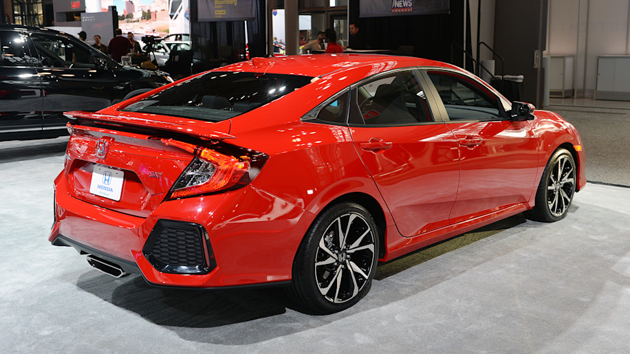 Honda Reveals The 205 Horsepower Civic Si Sedan And Coupe