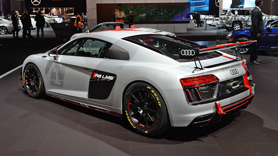 Audi R8 LMS GT4 debuts in New York, a ready-made race car - Autoblog