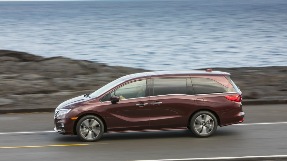 2018 honda odyssey elite first drive photo gallery autoblog. Black Bedroom Furniture Sets. Home Design Ideas