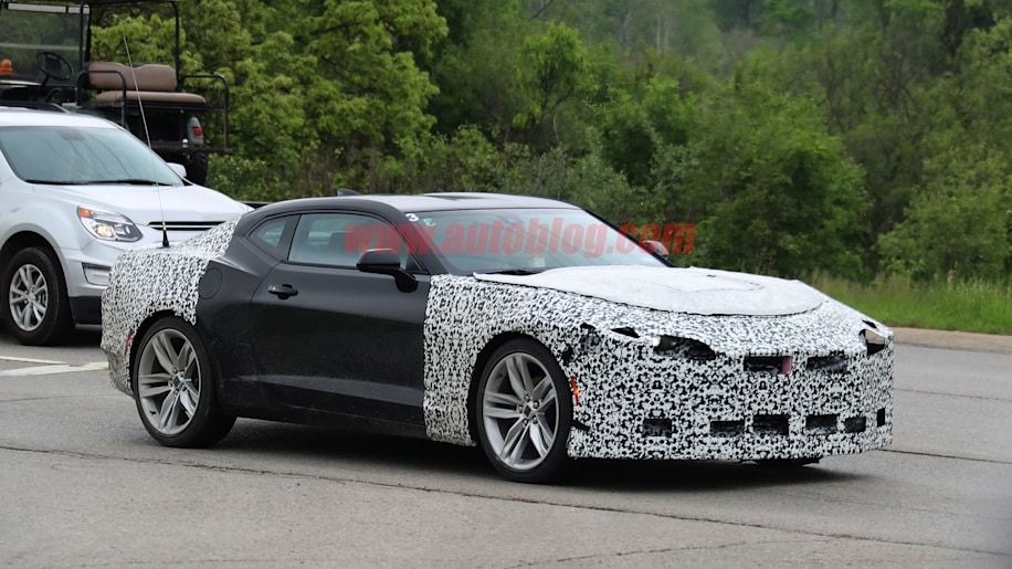 2019 Chevrolet Camaro Spy Shots Photo Gallery - Autoblog