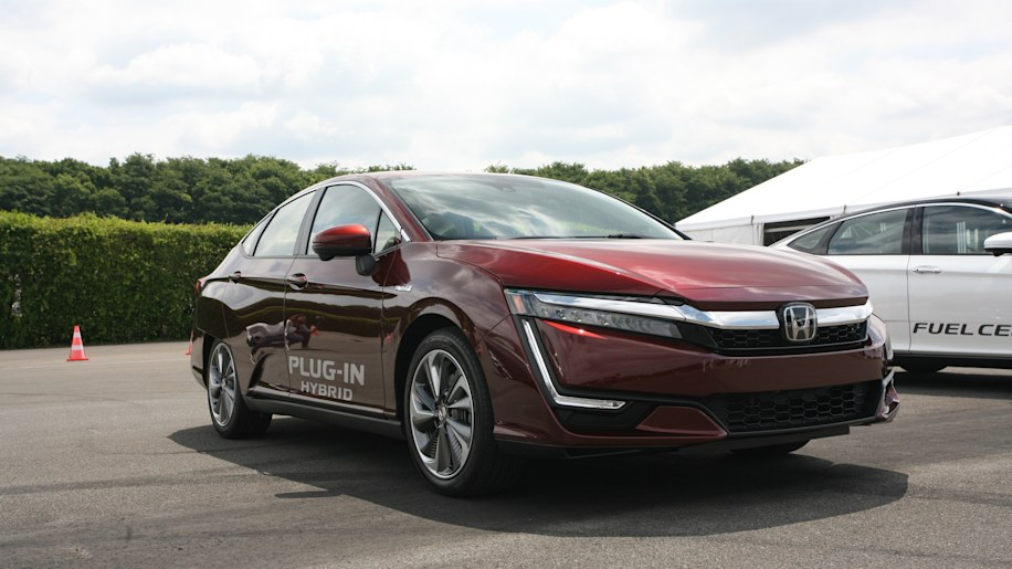 Honda Clarity EV And PHEV One Is Clearly Much Better