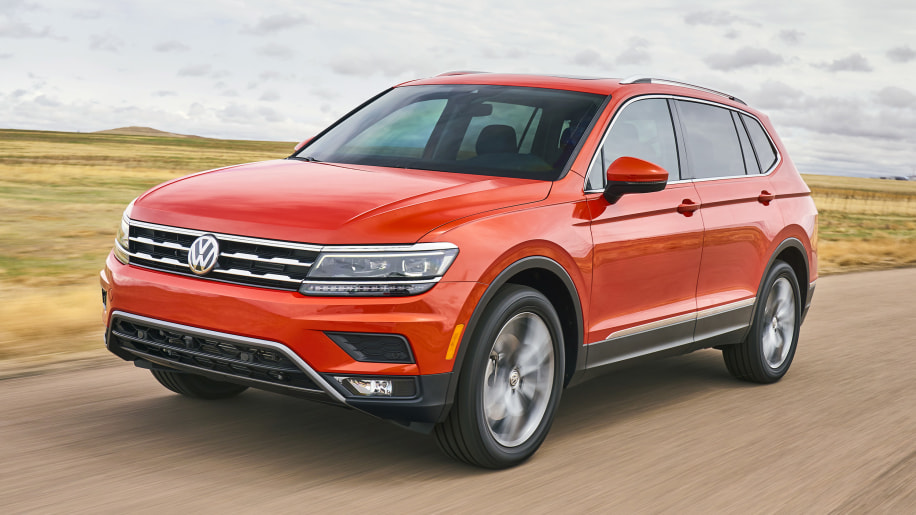 2018 volkswagen tiguan first drive photo gallery autoblog. Black Bedroom Furniture Sets. Home Design Ideas