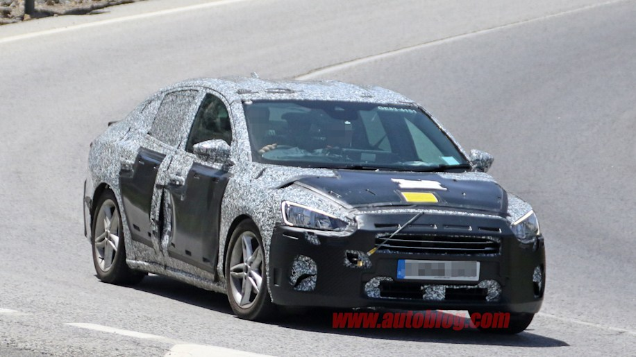 2019 Ford Focus sedan's first spy shots emerge from testing in Europe - Autoblog