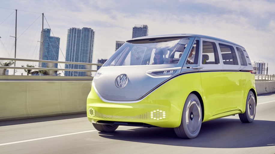 The Bus Is Back Volkswagen To Launch I D Buzz In 2022