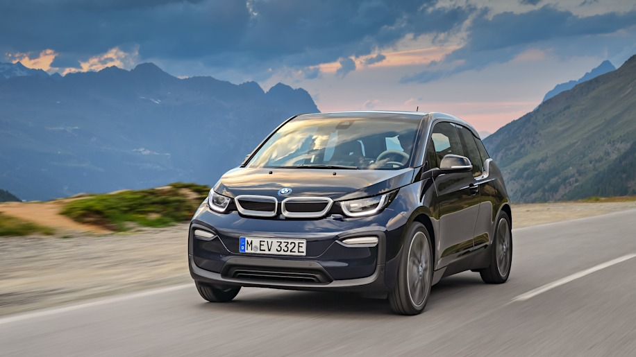 2018 bmw i3 announced with new i3s performance model autoblog. Black Bedroom Furniture Sets. Home Design Ideas