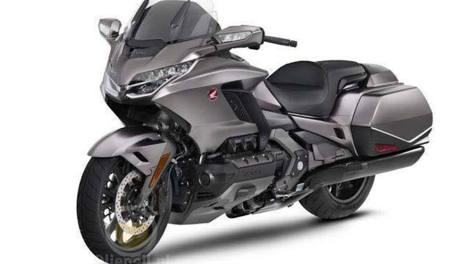 Leaked 2018 Honda Gold Wing shows off new suspension ...